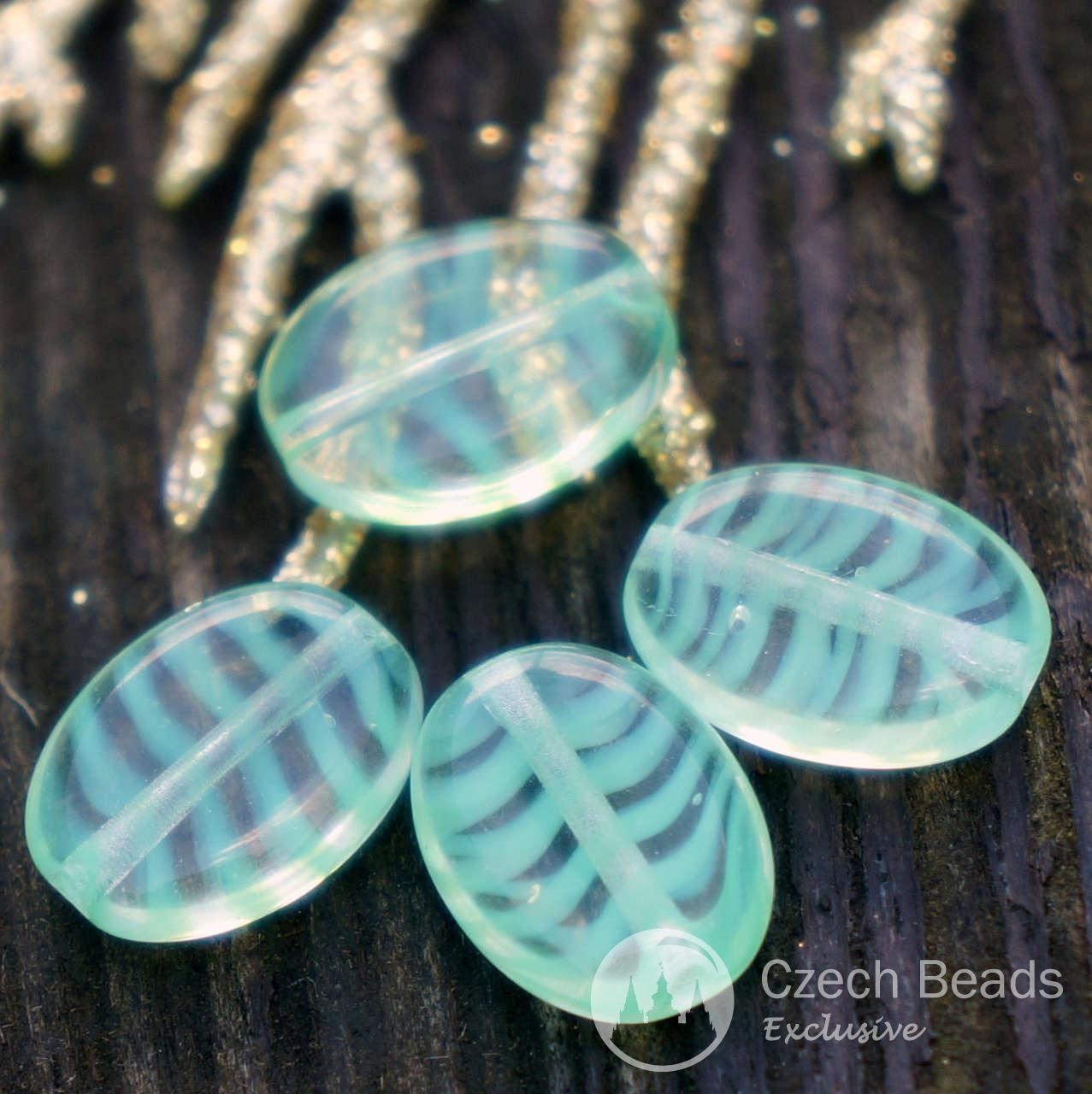 De color Verde claro Oval checa Perlas de Vidrio Rayas Plana y Ovalada Perlas de color Verde Claro Verde de Perlas Oval Plana de Perlas de Vidrio de 12 mm x 9 mm 6pc para $ 2.4 de Czech Beads Exclusive