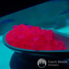 20g розовый Неон чешского стекла Соло бисер UV Active розовый неоновый бисер PRECIOSA прессованные бусины жемчуг бисер Рокайль Соло бусина 2,5 мм х 5 мм для $ 4.7 из Czech Beads Exclusive